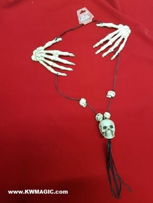 The Gothic Collection, Skull & Hands Necklace